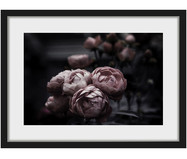 Gerahmter Digitaldruck Dark Peonies
